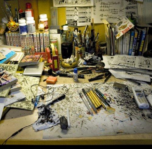 รวมสุดยอดโต๊ะทำงานที่สร้างนักวาดการ์ตูนระดับโลก